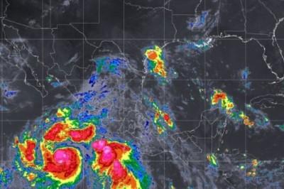 Huracán 'John' y tormenta tropical 'Ileana' causarán lluvias en el poniente y centro del país