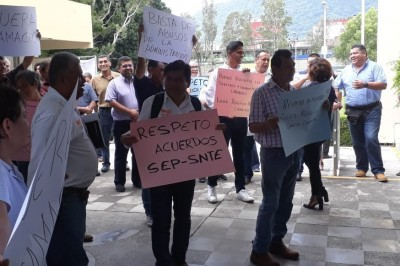 Realizan manifestación en el  Instituto Tecnológico de Orizaba para exigir la salida del actual director