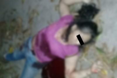 Hallan cuerpo de una mujer apuñalada en Jáltipan