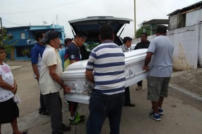 Familiares de la víctima piden justicia en caso de Feminicidio en Jáltipan
