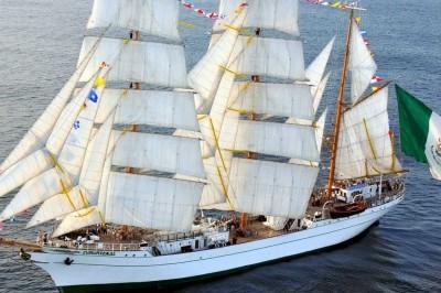 Exalta el espíritu marinero