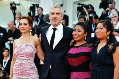 Triunfa Alfonso Cuarón en Venecia