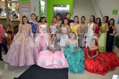 MODA PARA QUINCEAÑERAS : Enrique Barrios organizó desfile para adolescentes