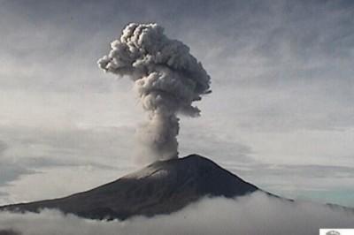 Volcán Popocatépetl registra explosión esta mañana