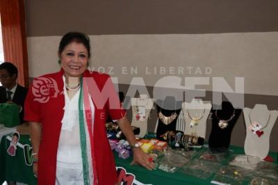 HOMENAJE A MÉXICO: La agrupación Mujer Emprende realiza Expo Fiestas Patrias