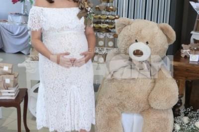HERMOSO CARIÑO: Judith Zepeda de Pérez Acasuso es partícipe de lindo baby shower