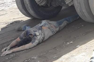 Muere joven  tras ser aplastado y arrastrado varios metros por un camión de volteo en Lomas de la Rioja
