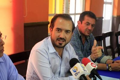 Ayuntamiento de Veracruz no puede dar seguridad a colectivos: Fernando Yunes