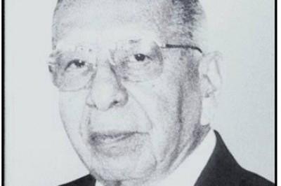 Profesor César Luna Bauza