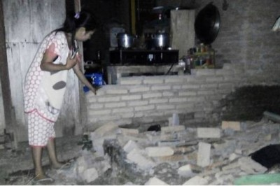 Sismo de magnitud 7.5 sacude Indonesia