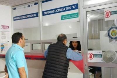 Gobierno de Veracruz miente en el caso de emisión de  licencias