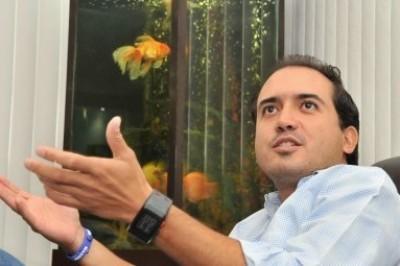 Lluvia de cobros, aumento de impuestos y de multas propone el hijo del Gobernador para Veracruz