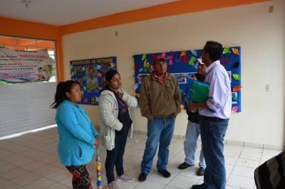 Exigen destitución de maestro en Tihuatlán