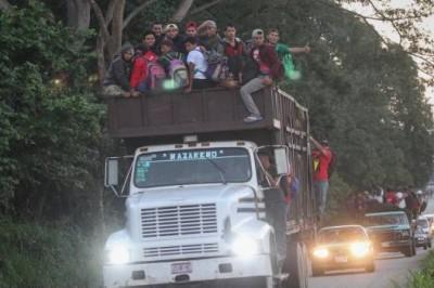'Los engañaron', dice embajador de Honduras a sus paisanos; los invita a regresar