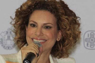 México pidió a Inglaterra extradición de Karime Macías: PGR