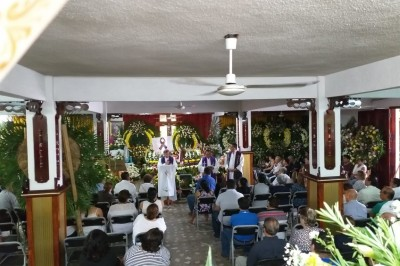 Obispo oficia misa de cuerpo presente de Valeria Cruz Medel
