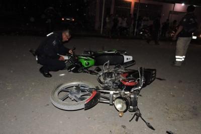 En trágico accidente por choque de motos, muere joven en Tierra Blanca