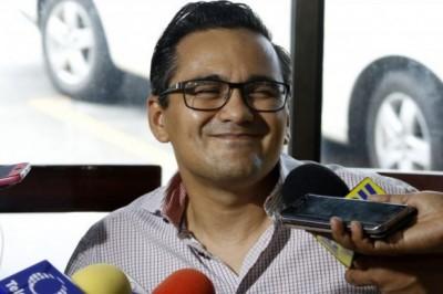 Investigan actos de corrupción de papá de Winckler en Oaxaca