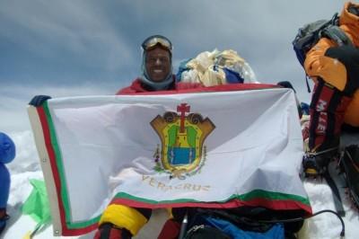 Alpinista veracruzano escalará el Everest en marzo del 2019