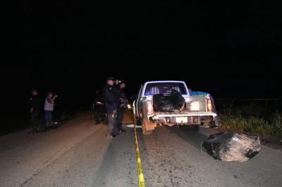 Hallan bolsas con restos humanos en San Juan Evangelista