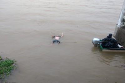Hallan cuerpo flotando en aguas del río Coatzacoalcos