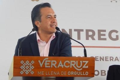 En Veracruz se buscará reducir sueldos de servidores públicos