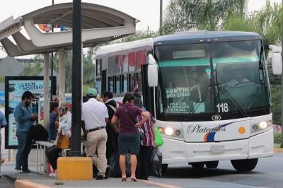 Transportistas deben de dar un servicio digno antes de exigir:  Marco Antonio Moncayo