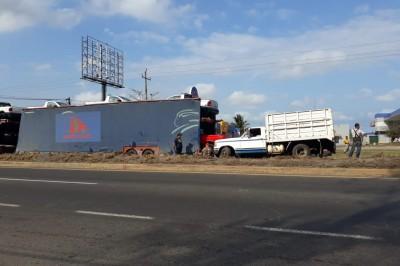 Accidente en carretera Veracruz-Xalapa, sin lesionados