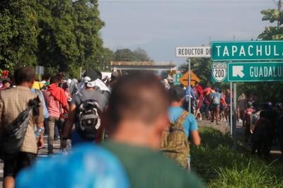 Acusan a polícia federal y estatal de retener a indocumentados