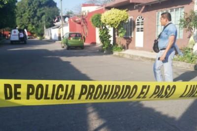 Fallece mujer ejecutada a balazos por sujetos armados