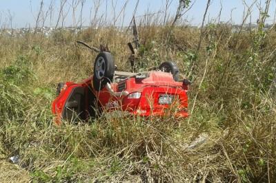 Ruletero sufre accidente la tarde de hoy en carretera