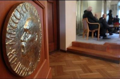 Entregarán dos Premios Nobel