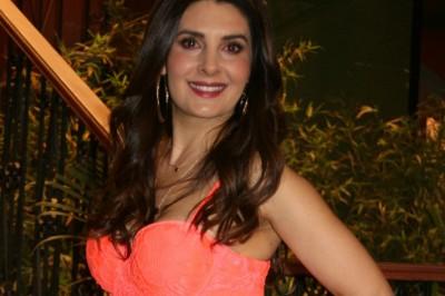 Mayrín Villanueva regresa con 'Vecinos'