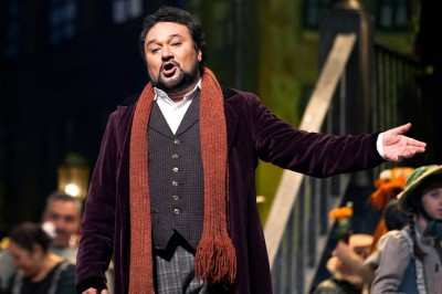 Critica los privilegios de la Ópera