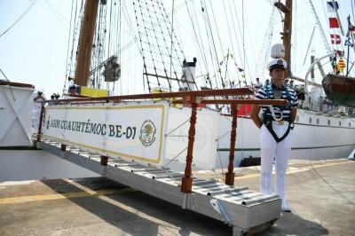Buque Escuela Cuauhtémoc zarpa del Puerto de Veracruz este martes