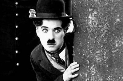 Charles Chaplin: Hoy se cumplen 130 años del nacimiento del genio.