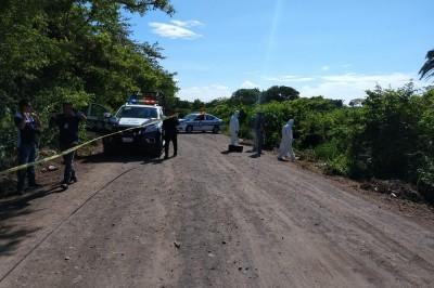 Hallan cadáver a orillas de camino en Medellín