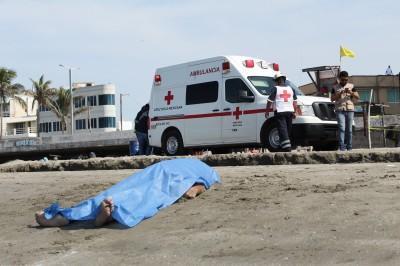 Se ahoga migrante en Playa Regatas