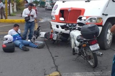 Sufre accidente motociclista en colonia Adolfo López Mateos