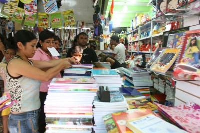 Reporta comercio establecido en Veracruz baja expectativa del regreso a clases