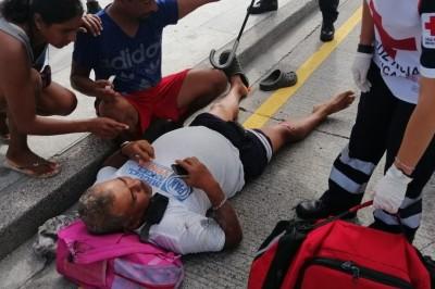 Ciclista se impacta brutalmente contra un coche (+Fotos)