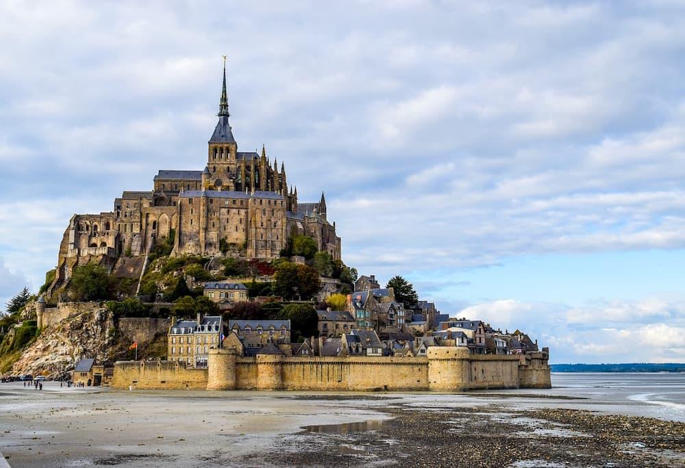 Mont-Saint-Michel-exterior