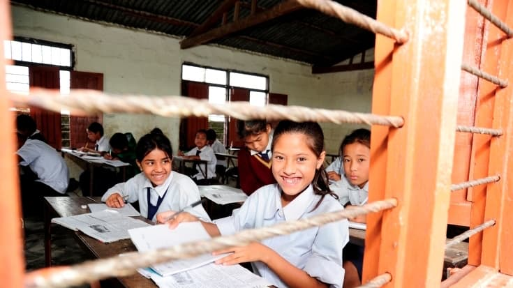 Nepal-schoolchildren