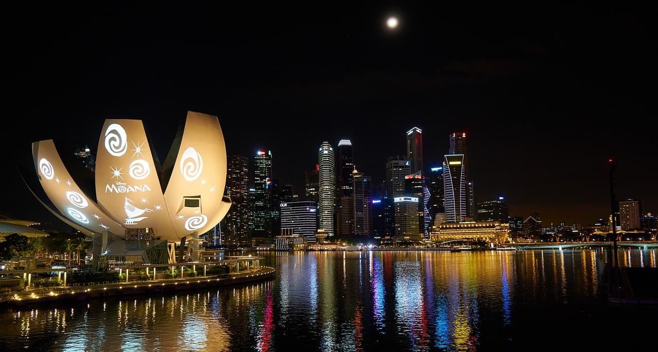 Artscience-museum-singapore-1