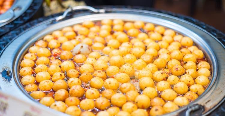 Jiufen-street-food