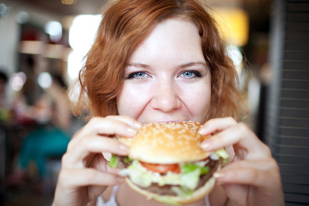 woman-burger