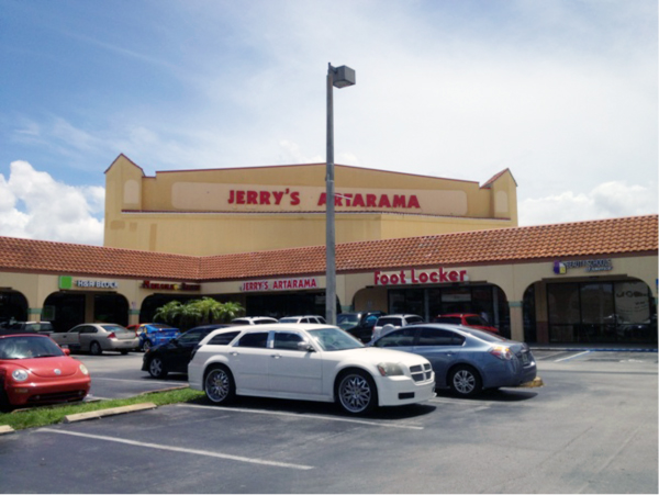 Jerry's Artarama Retail Art Supply Store in Miami, FL