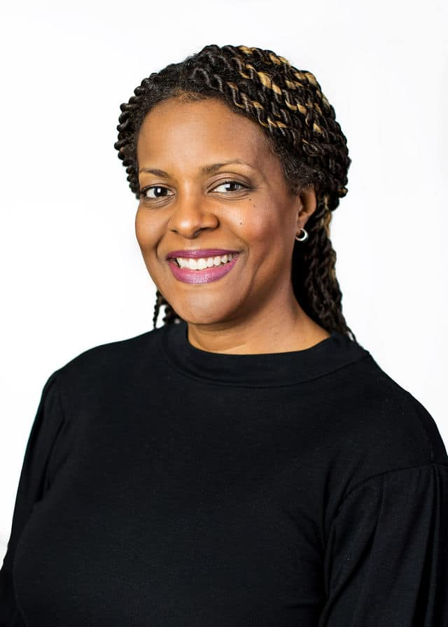 Lisa Liggins-Chambers Headshot.