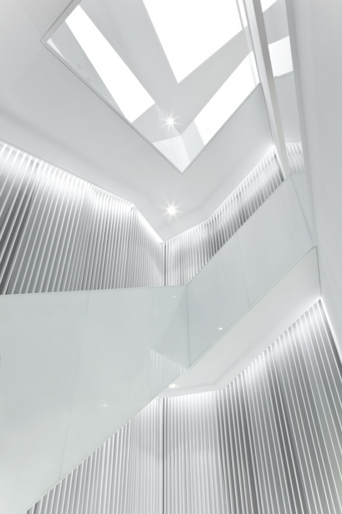A Modern Design by Universal Design Studio for H&M Seoul