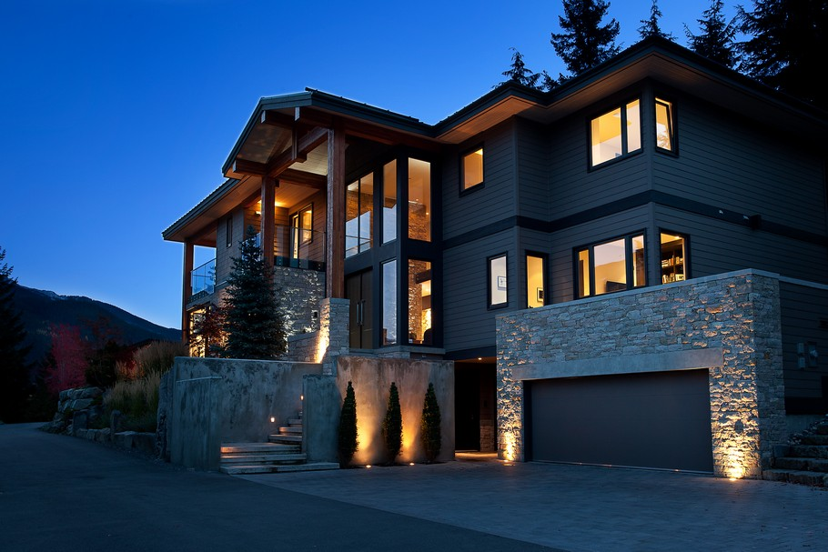 House of the Day Beautiful Property in Whistler